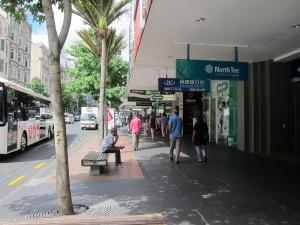 Dominionの前の通り2